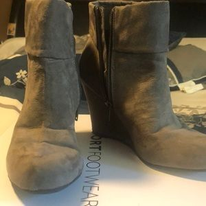 Almost new ankle wedge boots